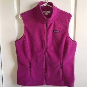 Vineyard Vines ladies zip up pink fleece vest. M